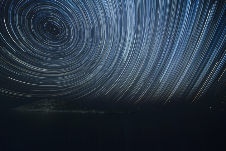 wing-light-spiral-wave-atmosphere-line-511148-pxhere.com