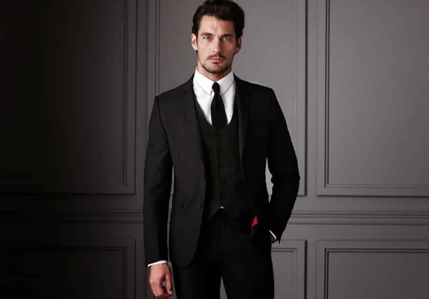 スーツを着た外国人